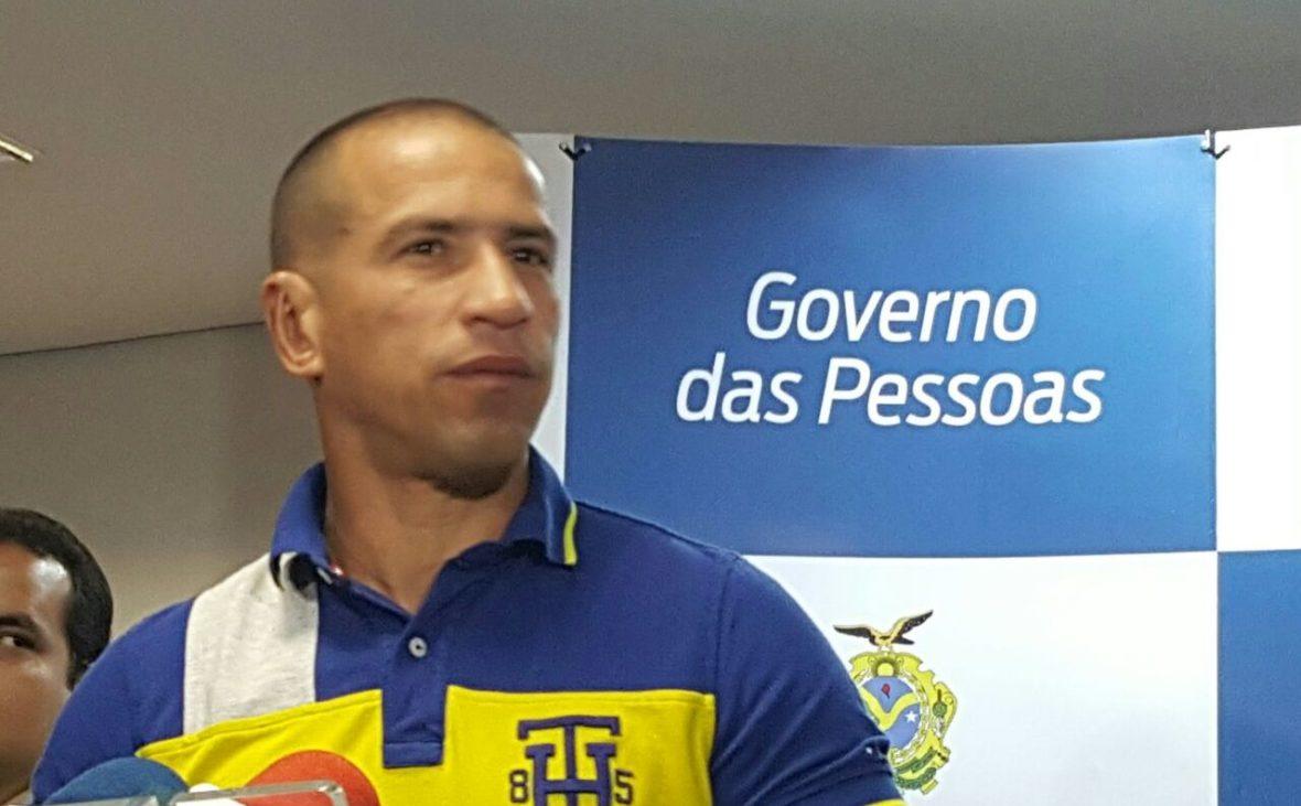 TCE-AM multa ex-secretário Fabrício Lima em R$ 2,6 milhões