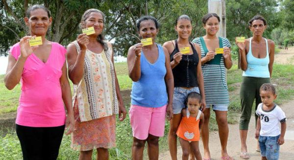 Bolsa-Família vai alcançar jovens de até 21 anos e crianças de até 3
