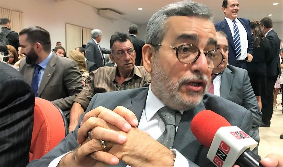 Robério pede explicações ao TCE sobre nome na lista dos fichas sujas