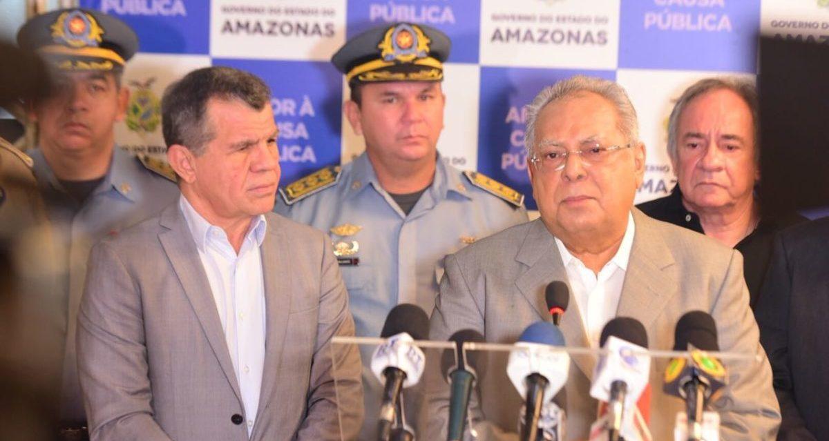 Servidores da Polícia Civil ganham promoção, promessa de Amazonino