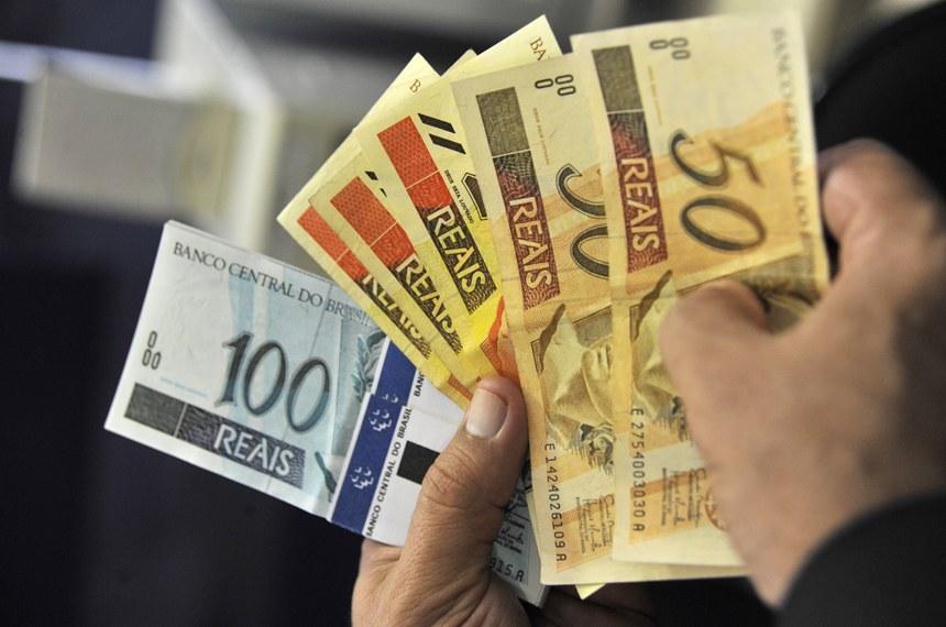 Saiba como funciona o auxílio emergencial de R$ 600 por mês