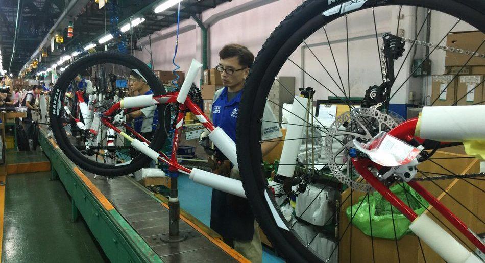 Abraciclo comemora produção de bikes e motos na indústria da ZFM