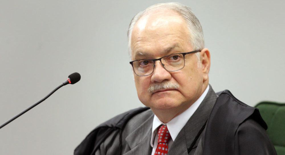 Fachin submete ao plenário ação contra decisão que veta visita a Lula