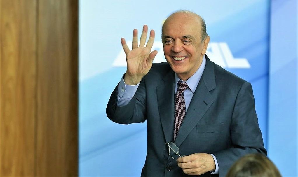 Gilmar Mendes leva para o STF investigação de caixa 2 contra José Serra