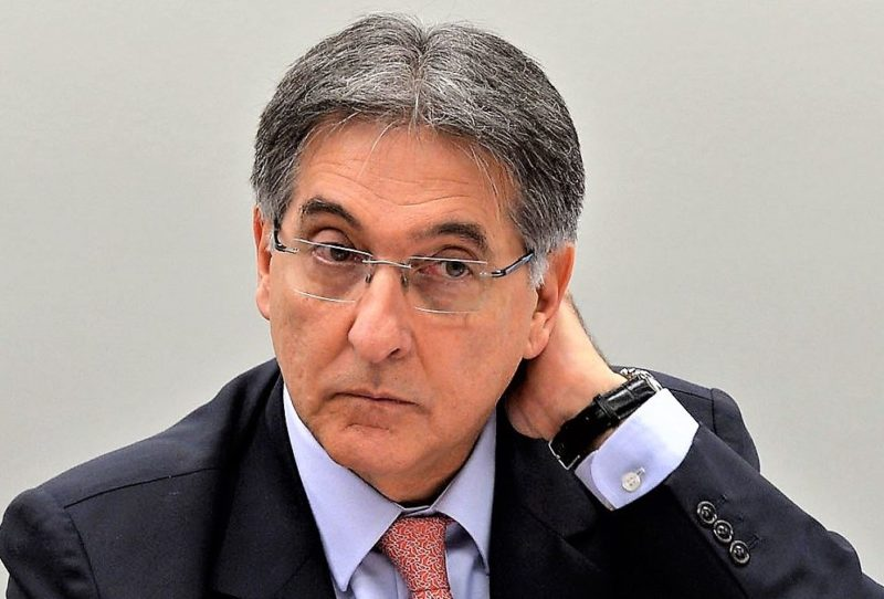 ALE de Minas autoriza abertura de impeachment de governador petista