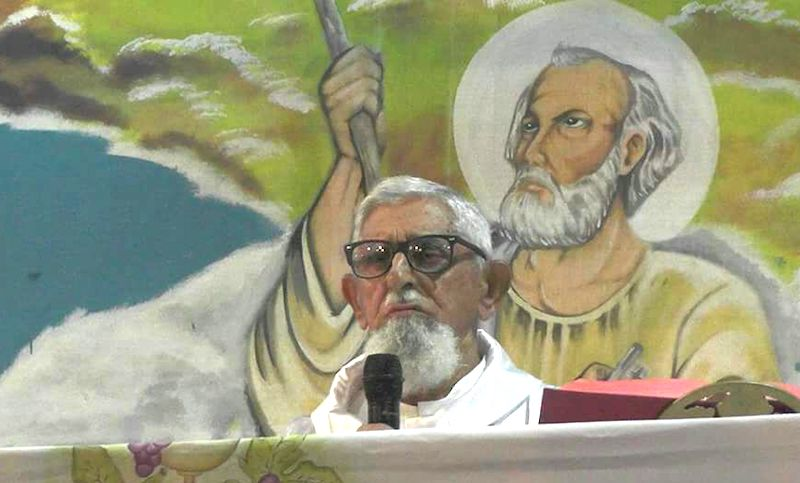 Maués faz abaixo-assinado para tentar evitar transferência de padre