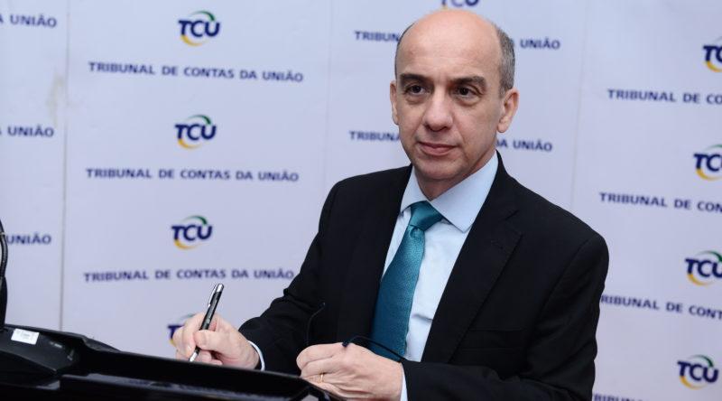 Érico Desterro - TCE-AM