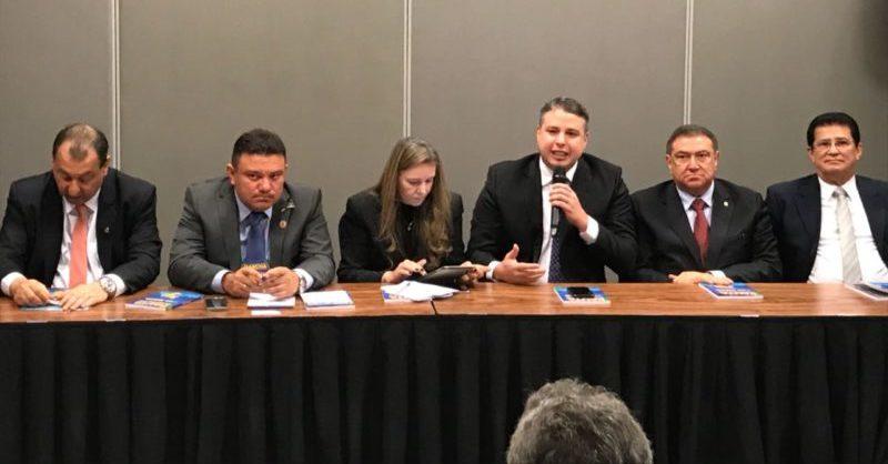 Bisneto defende partilha de verba federal aos municípios do Amazonas