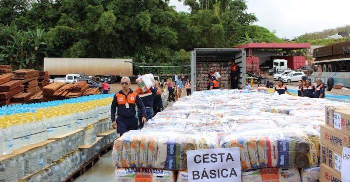Emergência com cheia do rio Negro faz governo socorrer municípios