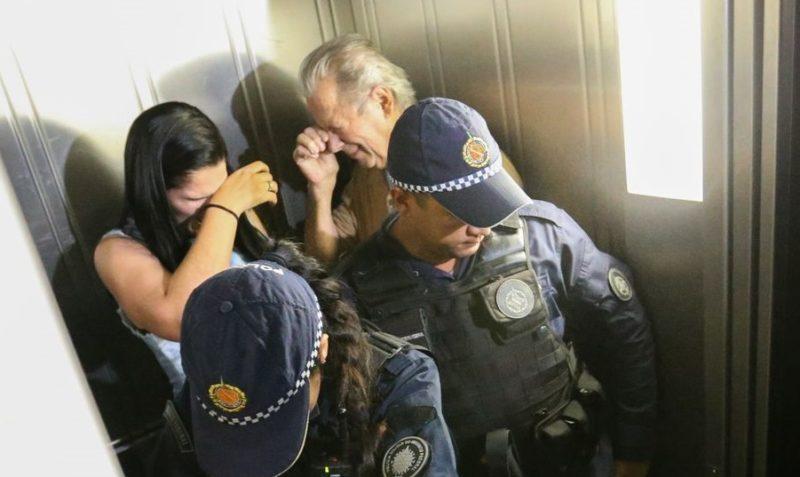 TRF-4 nega recurso, dá mais 10 anos de pena e manda prender Zé Dirceu