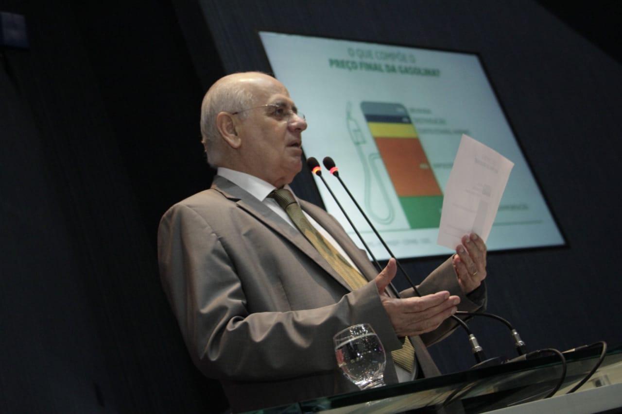 Monopólio da Petrobrás no refino é causa do combustível caro no AM