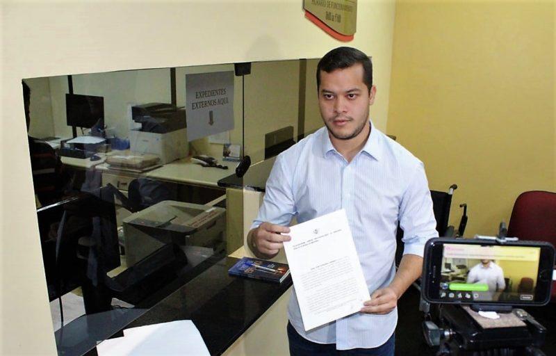 Prefeito de Coari faz denúncia no MP-AM contra promotor de Justiça