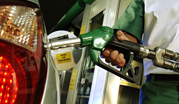 Gasolina tem maior aumento desde a greve dos caminhoneiros