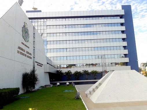 CPI da Saúde vai investigar gestões Omar, Melo, David, Amazonino e Wilson