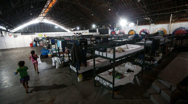Governo manda apurar restrições contra venezuelanos em Roraima