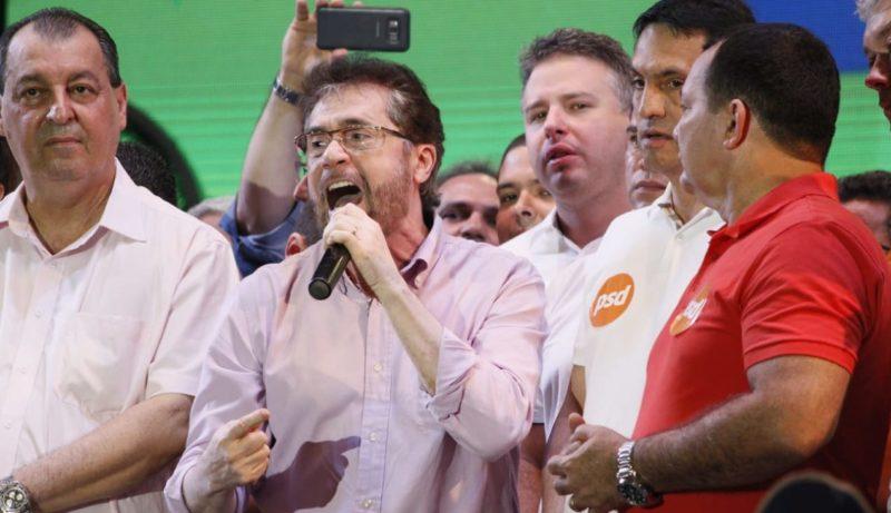 Plínio Valério surpreende com eleição para o Senado Federal, com 26% dos votos