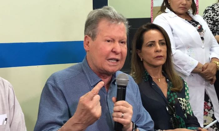 Arthur lembra 1986 e diz que Amazonino tenta fraudar eleições