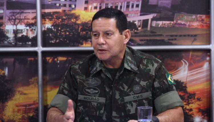 GENERAL MOURAO DEBATES BOLSONARO