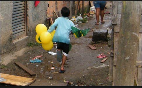 """""""Estrangeiros defendem Amazônia, mas não o amazônida"""", diz senador"""
