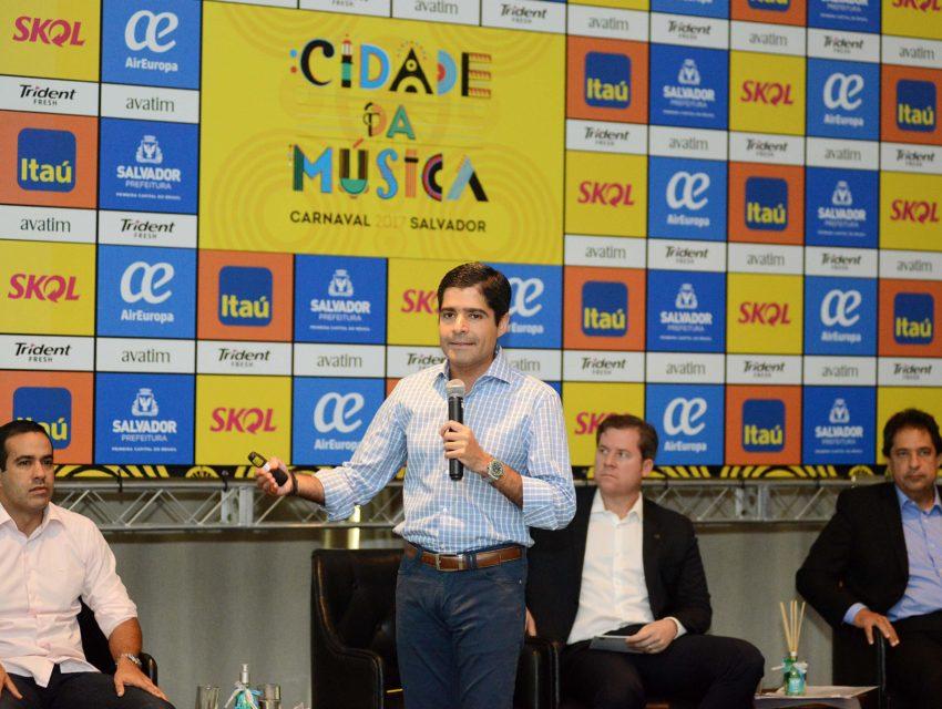 """""""É hora de enfrentar, com coragem e determinação, o desafio de soerguer o nosso país"""", disse ACM Neto. - Foto: Valter Pontes/ SECOM"""