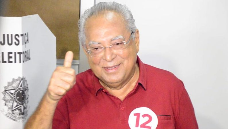 Amazonino Mendes já decidiu: sai do PDT