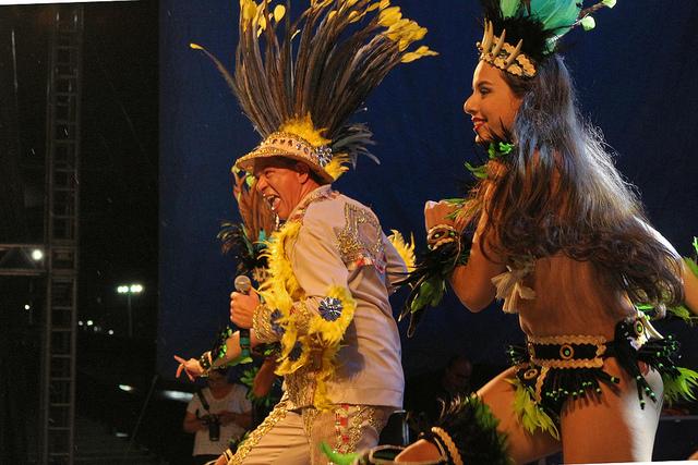 A programação da festa de aniversário da cidade, o Boi Manaus inicia às 16h neste domingo