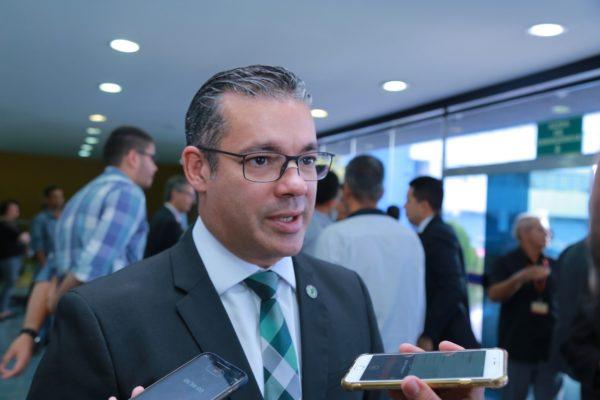 Impeachment anunciado por Josué Neto nem tem processo pronto