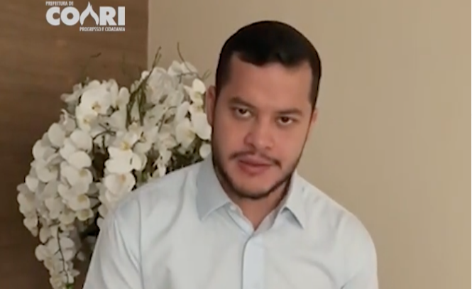 Prefeito de Coari antecipa pagamento do salário dos servidores