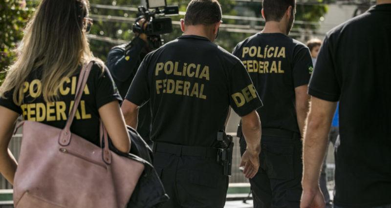 PF prende sargento e agente com ouro e armas ilegais em Roraima
