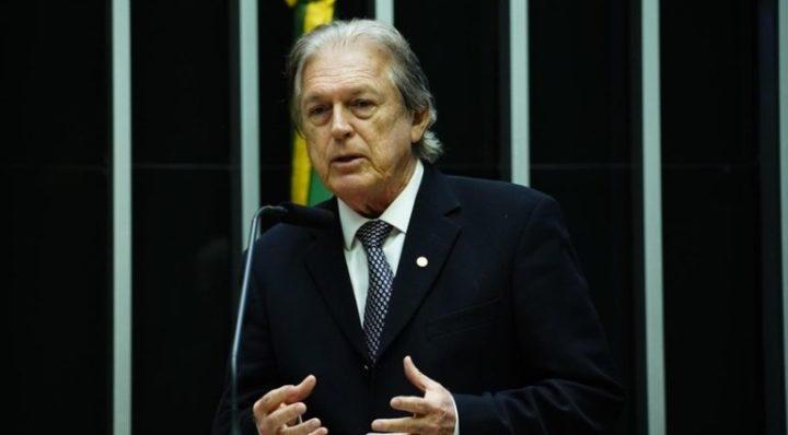 Presidente do PSL é investigado por suposto uso de caixa 2 em 2018
