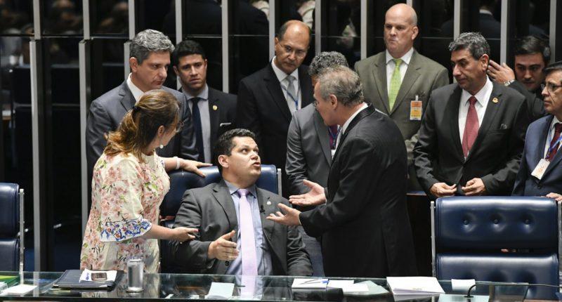 MDB e Solidariedade recorrem ao STF contra voto aberto no Senado