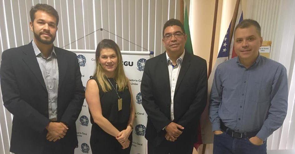 CGE e CGU/AM firmam acordo para compartilhar informações
