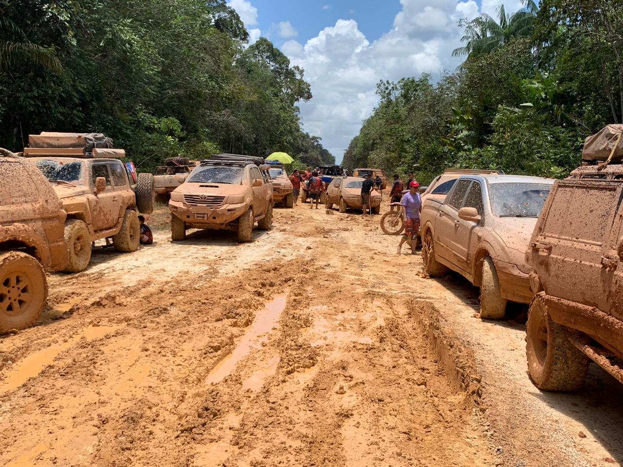 Ministro explica isenção de licenciamento para rodovias a deputados