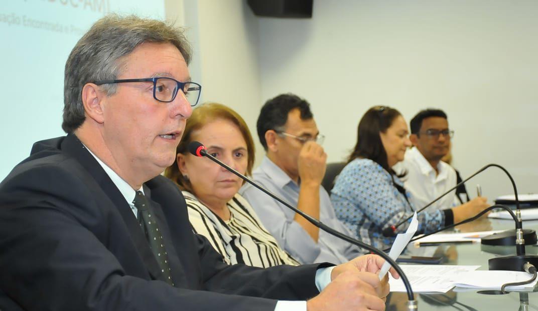 Luiz Castro - Seduc na ALE-AM