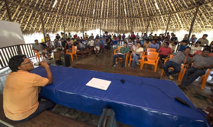 MPF reage à ação de Bolsonaro de passar linhão por terra indígena