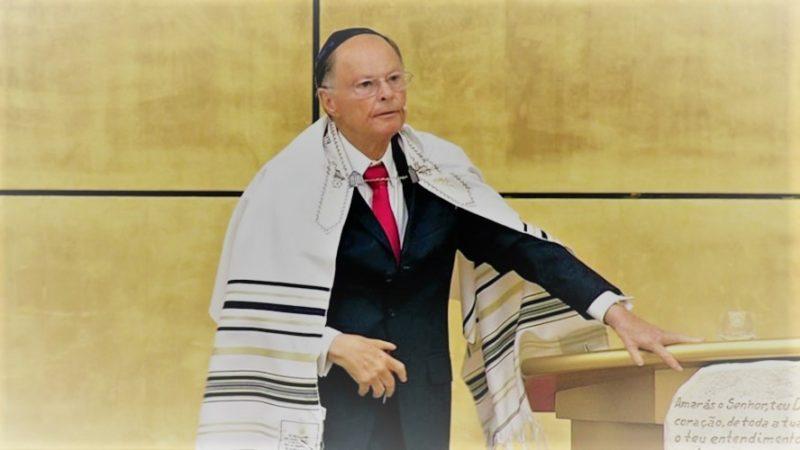Justiça anula passaporte diplomático do dono da igreja Universal
