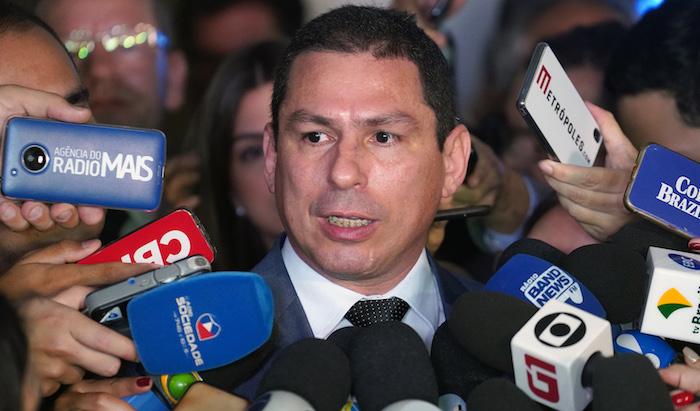 Marcelo Ramos sugere podar poderes de Jair Bolsonaro
