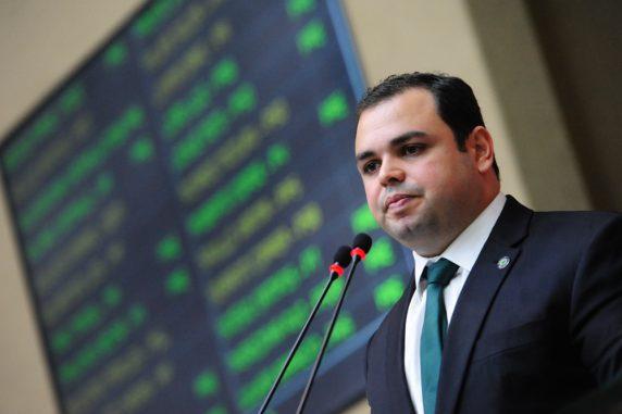 Deputado propõe alerta de assalto no transporte coletivo do Amazonas