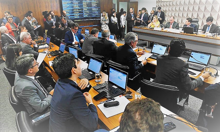 Comissão tira Coaf de Moro e impõe nova derrota ao governo