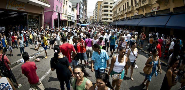 IBGE contratará 234 mil temporários para recensear a população