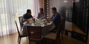 Rotta, Pauderney e Wilker almoçam