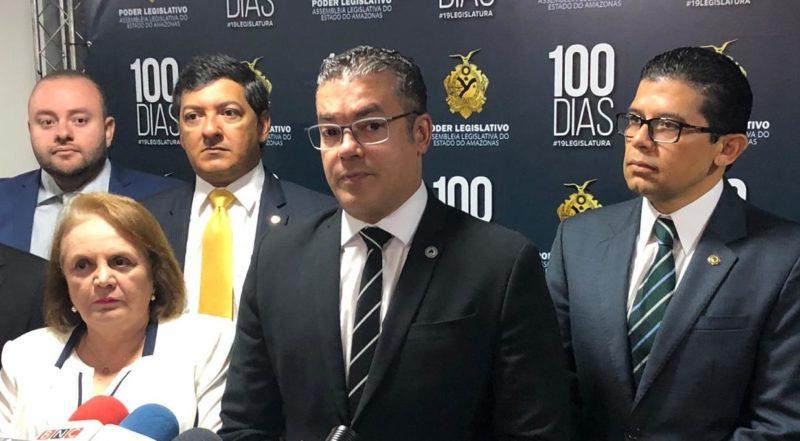 Josué recua e adia criação da comissão do impeachment de Wilson e Carlos