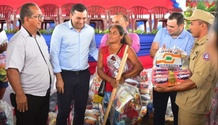Estado leva ajuda humanitária às vítimas da enchente no interior