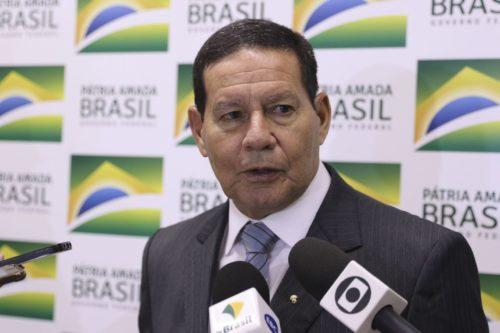 Mourão diz que combate ao desmatamento vai priorizar região de Apuí