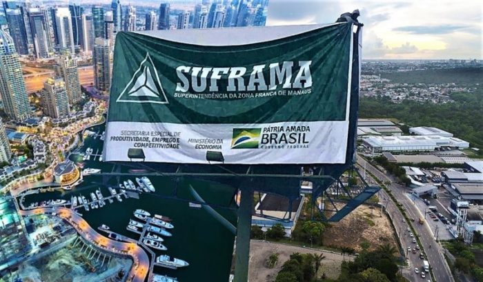 """""""Defender ZFM e votar com Bolsonaro são atos incompatíveis"""""""