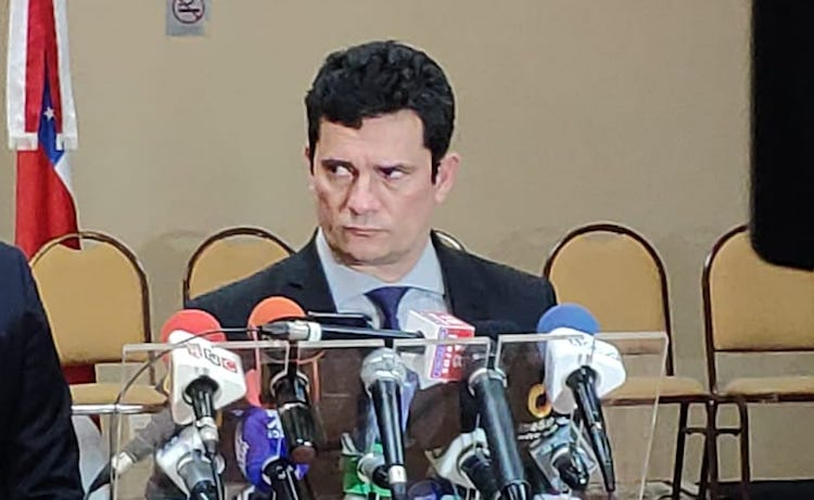 Marcelo Ramos diz que Moro deveria se afastar do cargo