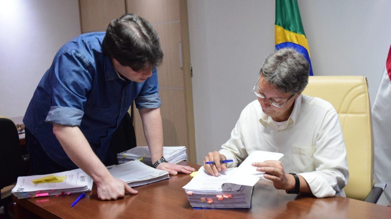 Seduc - Luiz Castro e Fabian