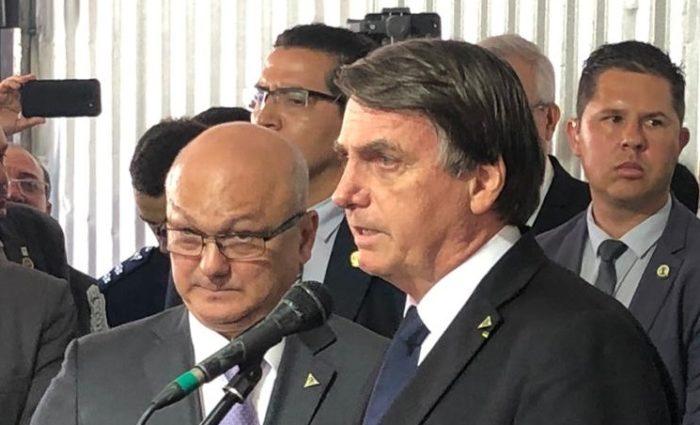 Bolsonaro desidrata Suframa e lima BR-319 do orçamento 2020
