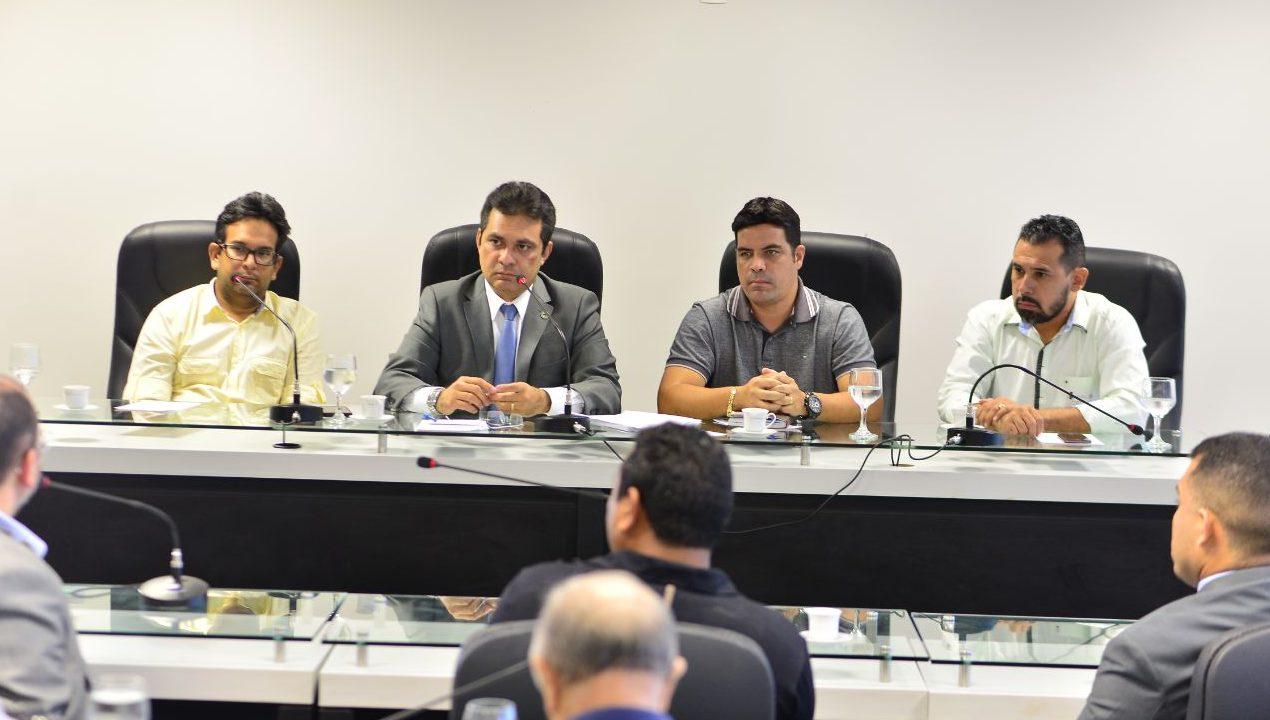 Ação pede R$ 20 milhões para indenizar moradores de Iranduba e Manacapuru