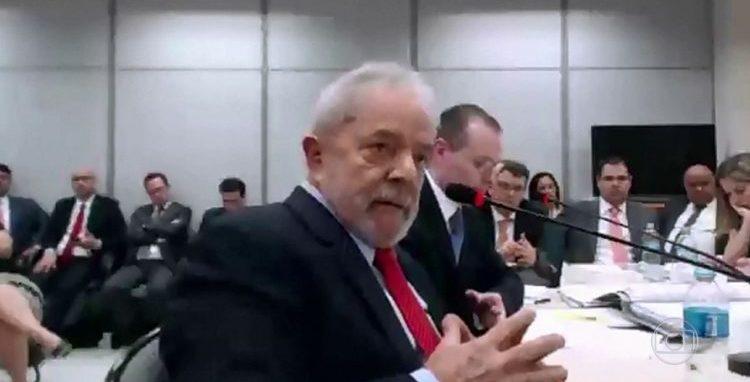 PT não quer transferência de Lula para presídio sem cela especial